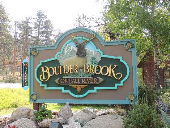 Boulder Brook on Fall River: entrance sign