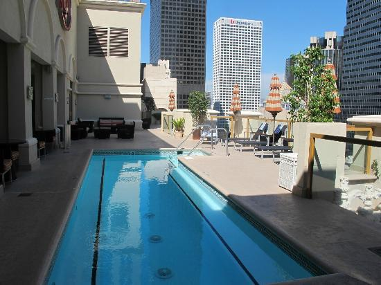 Hilton Checkers Los Angeles: PH pool area