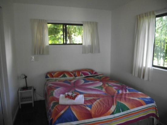 Bella Beach Bungalows: our comfy bed