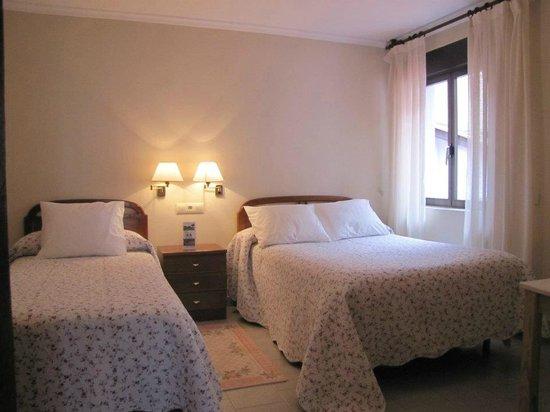 Migal Hotel Restaurant: habitaciones