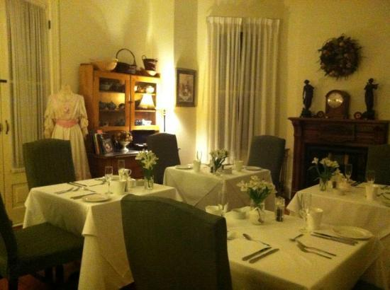 Duggan Place: Intimate Dining Room