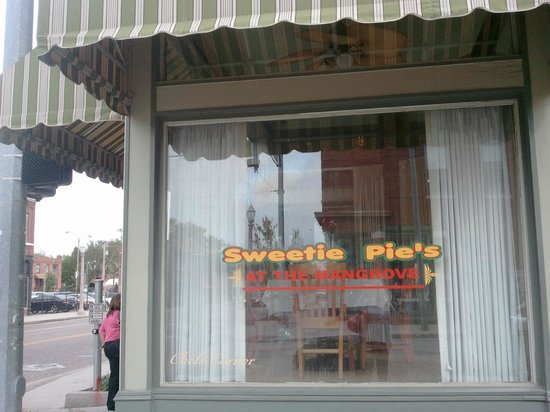 Photo of Restaurant Sweetie Pies at 4270 Manchester Ave, St Louis, MO 63110, United States