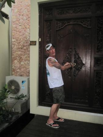 Kamuela Villas and Suite Sanur: Entrance