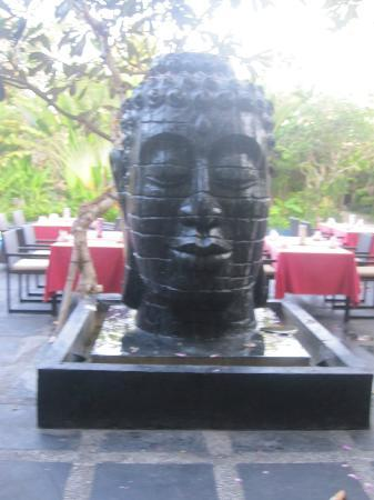 Kamuela Villas and Suite Sanur: Budda