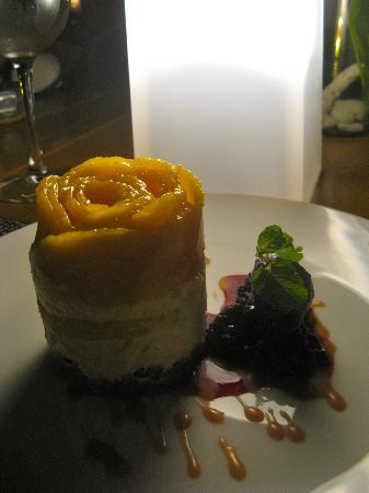 Shangri-La's Boracay Resort & Spa: By far the most beautiful dessert I have ever had..