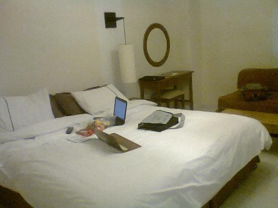 Hotel Ciudad Bonita : Cuarto, grande y acogedor.
