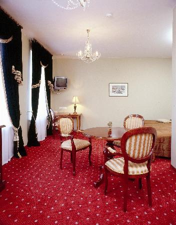 eLoftHOTEL: Luxurious rooms