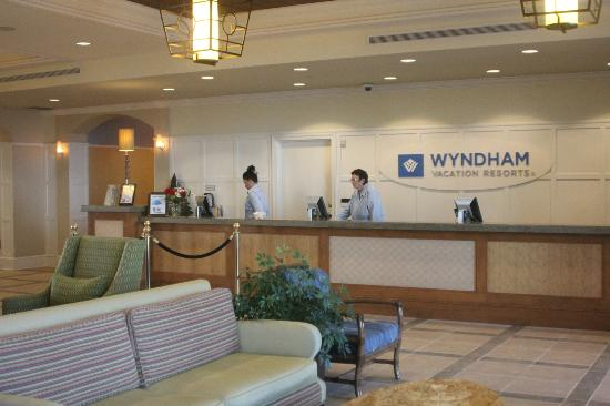 Wyndham Oceanside Pier Resort: Resort lobby