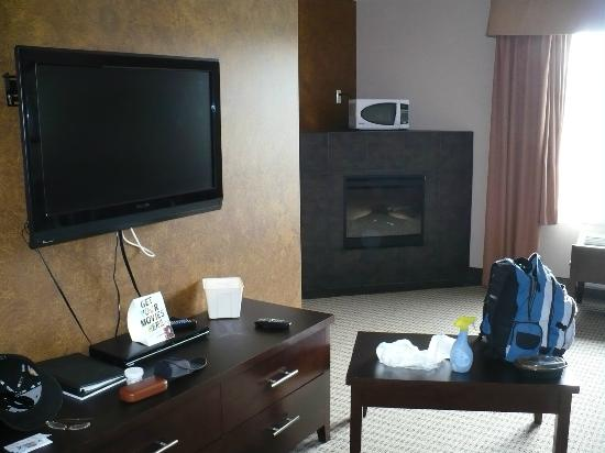 Stoney Nakoda Resort & Casino : living room