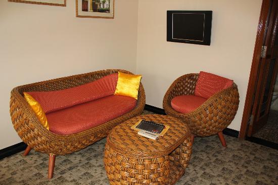 The Richmond, Puducherry : Sitting Area in Room