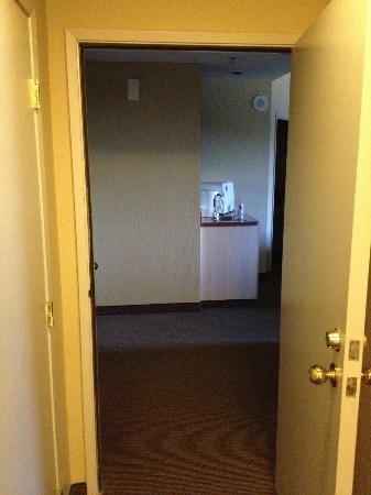 ذا ريدج تاهوي: View into lock off suite 