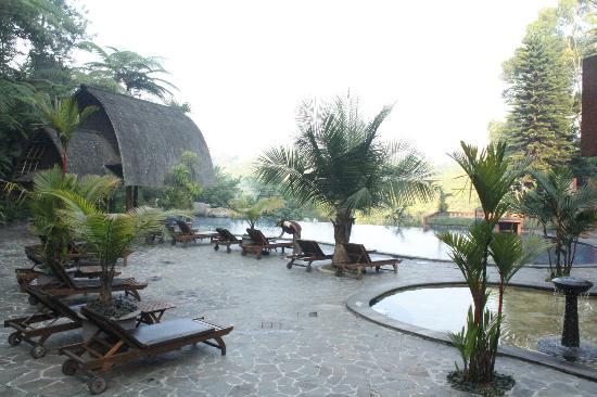 SanGria Resort & Spa: pemandangan taman...