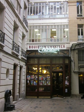 Le Bouillon Chartier : Main entrance