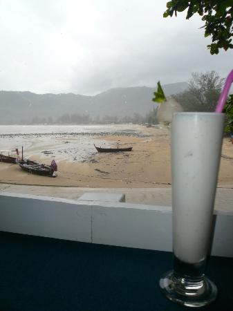 Aquamarine Resort & Villa : Lychee Smoothie at Rockfish