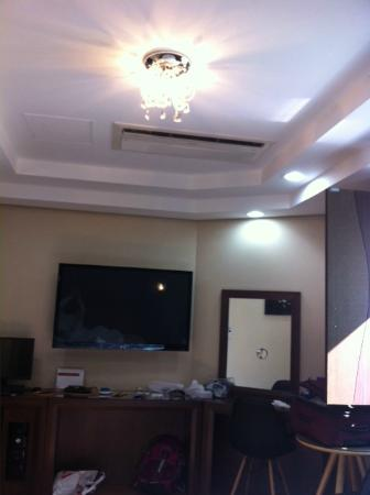 Benikea Hotel Press: TV/Computer