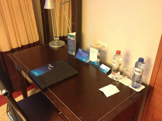 Radisson Blu Astrid Hotel, Antwerp: Mesa de trabajo