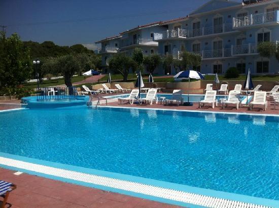 Filoxenia Hotel Apartments : pools