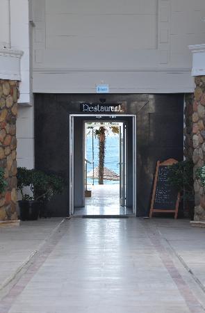 ロナックス ホテル