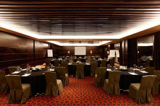 Raffles Dubai: World Class Meetings