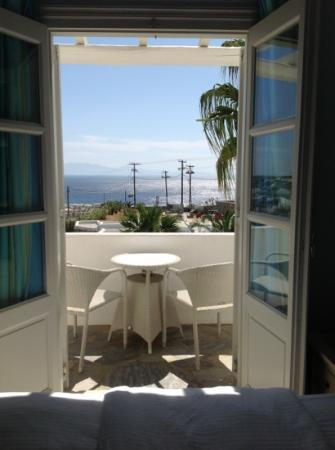 Ξενοδοχείο Palladium: Blick aus dem Hotelzimmer (poolside deluxe)