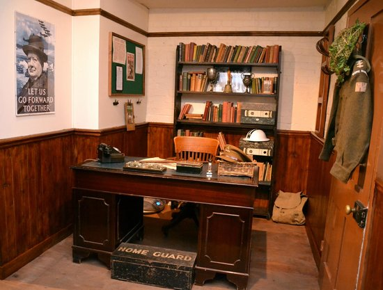 Thetford, UK: Come and have your photo taken in Mainwaring's woops, I mean the Vicar's office!
