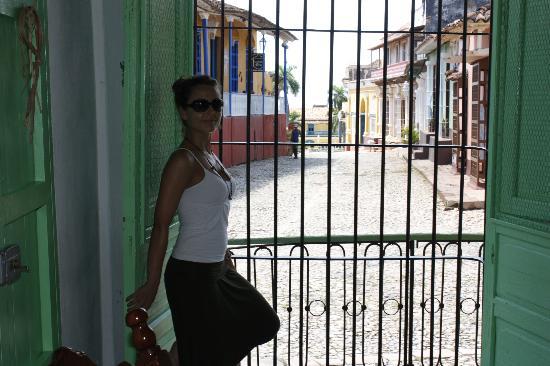 Hostal El Rintintin: VISTAS DESDE EL BALCON DE LA ENTRADA