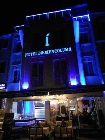 Hotel Broken Column: Broken Column Hotel, Istanbul