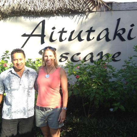 Aitutaki Escape: Vane and my friend Sarah outside the entrance