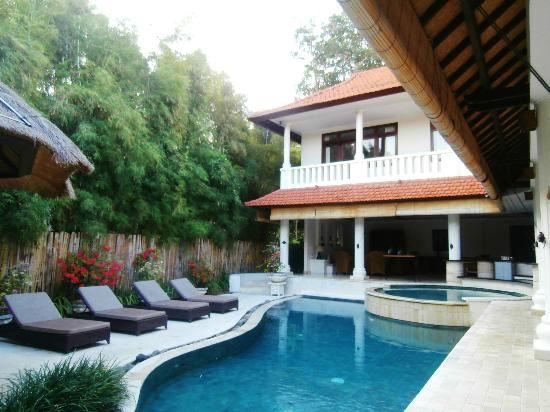 Villa Coco: Our Private pool
