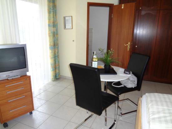 Appartements Biedermeier : camera con vista cucina