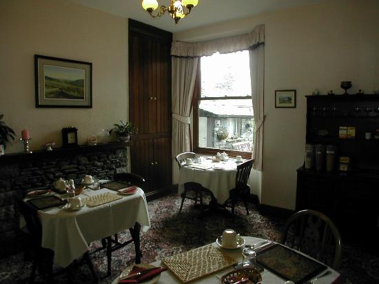 Highfield Bed & Breakfast: Dining Room
