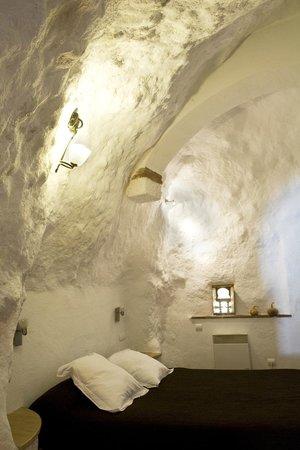Apartamentos Montesclaros: dormitorio cueva