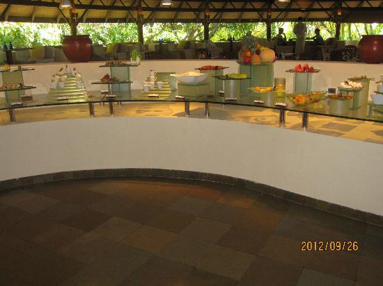 Coco Palm Dhuni Kolhu: Cowrie reataurant