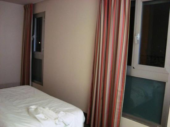 B&B Hotel Firenze City Center: camera letto