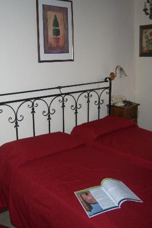 Palazzo Fani Mignanelli: letto - bed