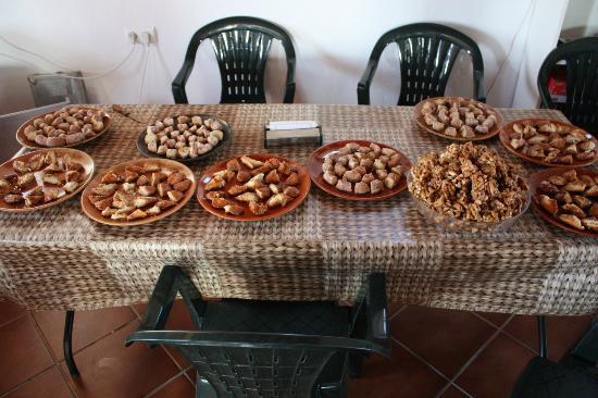 Camping Ribera del Chanza: Degustaciones de productos en el bar - cafetería