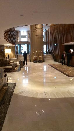 The Ritz-Carlton, Vienna: Lobby