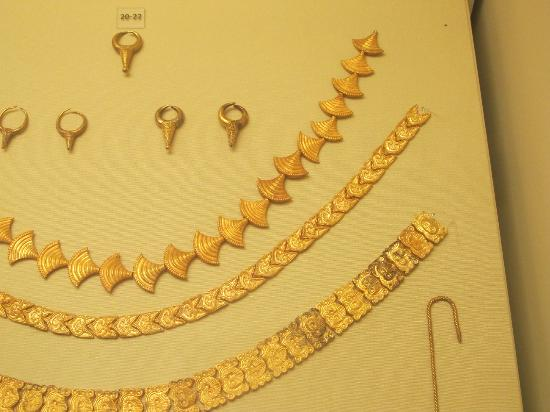 Heraklion Archaeological Museum: jewelery