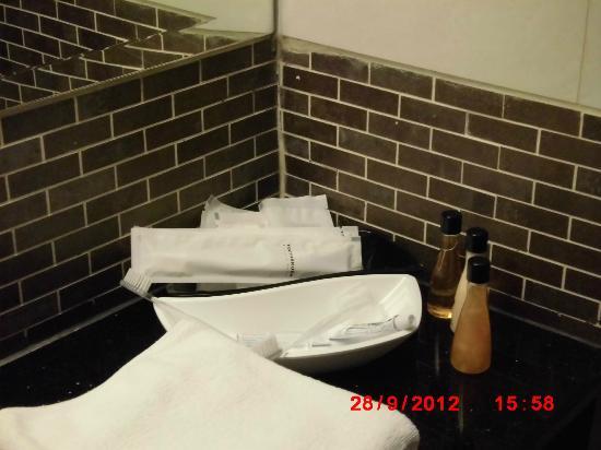ออกัสท์ สวีท พัทยา: Basic toiletries supplies provided