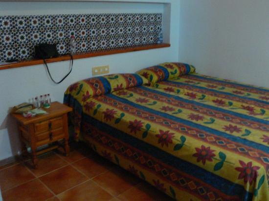 Apartamentos Best Pueblo Indalo: one of the two bedrooms