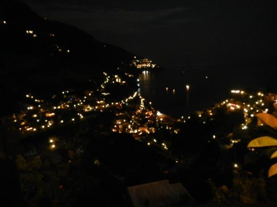 Hotel Royal Positano: hotel view at night