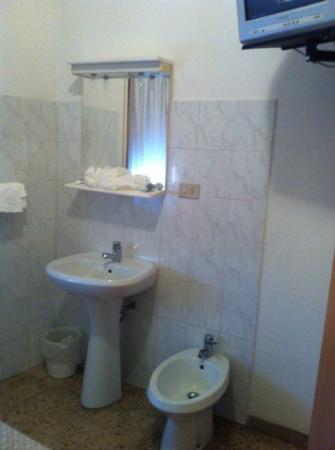 Hotel Cecile: il servizi in camera