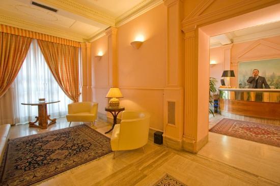 Hotel Laurentia: hall