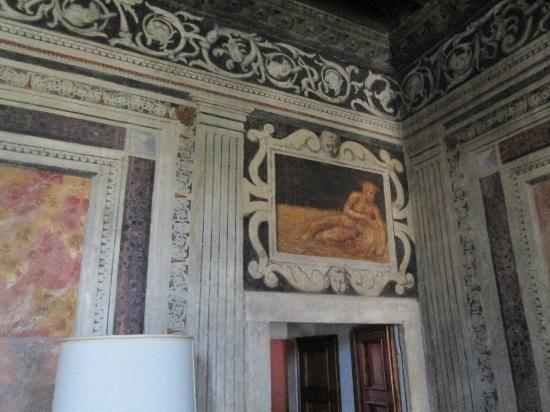 Relais Villa Sagramoso Sacchetti: one of the frescoes