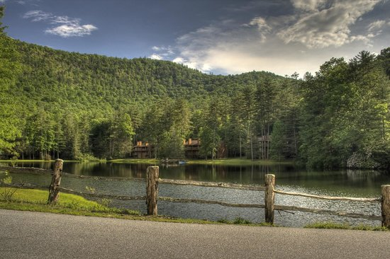 Foxhunt at Sapphire Valley: Lake