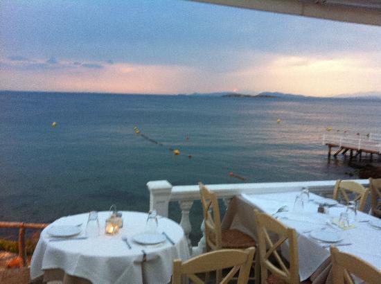 Panorama: Food and sunset!!