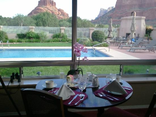 Canyon Villa Bed and Breakfast Inn of Sedona : Table for Two (Upon Request if Available) for Breakfast