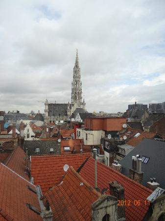 Hotel Alma Grand Place: View