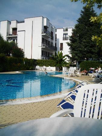 Hotel Bristol: Pool at hotel