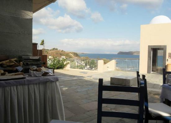 Panorama Hotel - Chania: view from breakfast area
